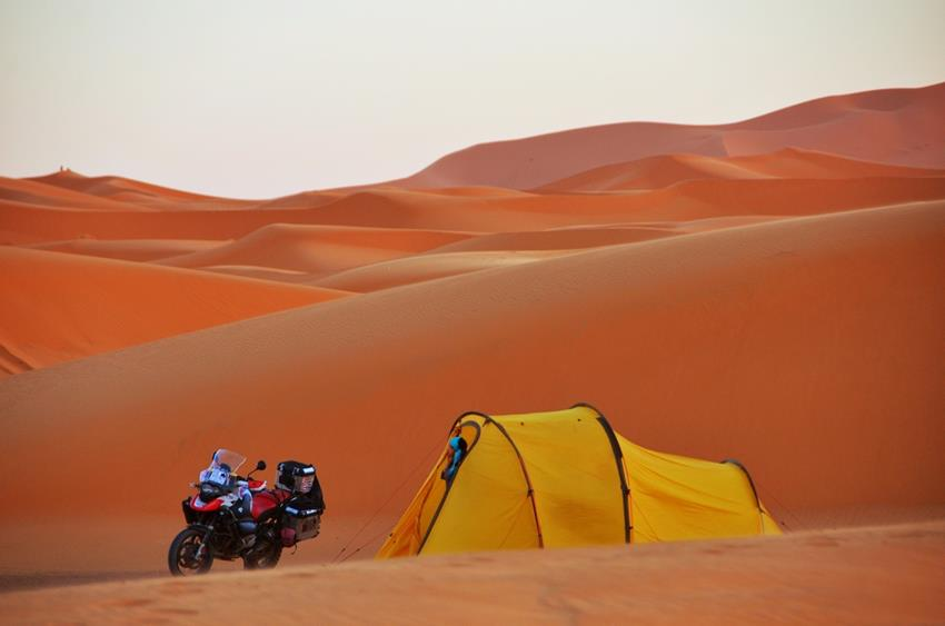 redverz-motorcycle-expedition-tent-7