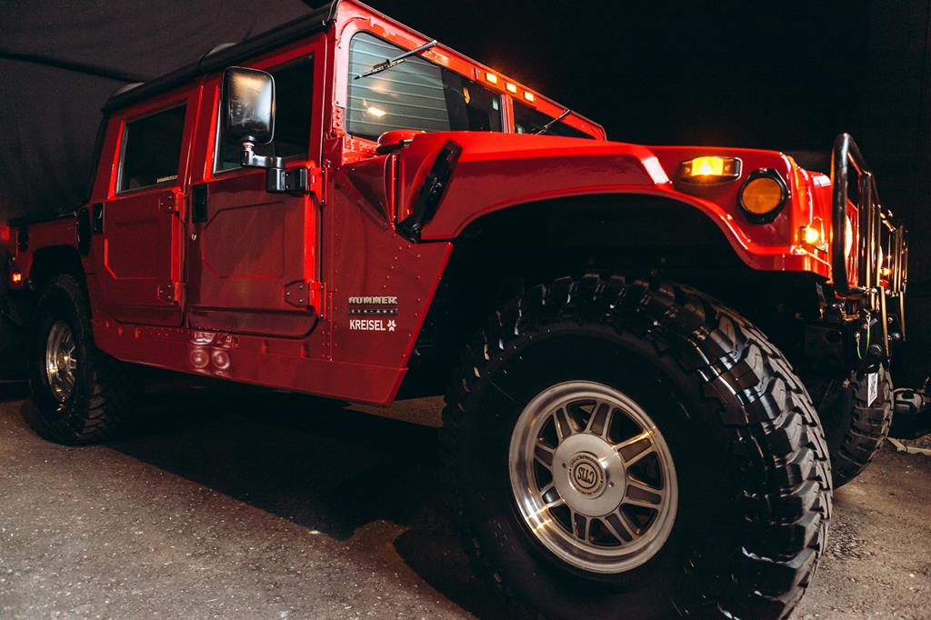 Electric Hummer by Kreisel Electric