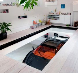 Kre House with Nine Car Garage in Tokyo